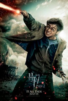 The Deathly Hallows Part Two Harry Potter Hermione Granger Ron Weasley Fred George Weasley Draco Malfoy Severus Snape Minerv. Daniel Radcliffe Harry Potter, Harry James Potter, Harry Potter Hermione, Harry Potter World, Harry Potter Poster, Blaise Harry Potter, Memes Do Harry Potter, Magia Harry Potter, Mundo Harry Potter