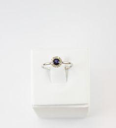 $369 white gold #ring #iolita stone and white diamonds. #gold #whitegold #jartwen #jewelry #fasion #outfit