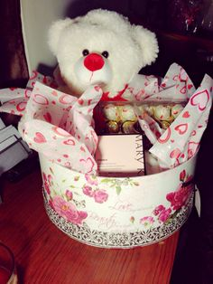 Valentines day baskets marykaylsmith92831 pinteres marykay valentinesday negle Gallery