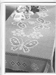 """Butterfly Alighting"" nostalgic crochet mantel ♥LCM-MRS♥ with diagram"