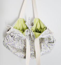 bolsa toalha plastificada - floral