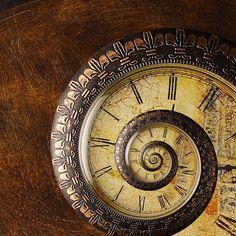 Steampunk nautilus clock - where can I get one? Old Clocks, Antique Clocks, Vintage Clocks, Retro Vintage, Father Time, Time Clock, Ticks, Arabesque, Dieselpunk