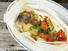 Gedämpfte Forelle mit Gemüse ist ein Rezept mit frischen Zutaten aus der Kategorie Fisch. Probieren Sie dieses und weitere Rezepte von EAT SMARTER!