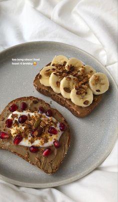 What Is Healthy Food, Healthy Snacks To Buy, Healthy Recipes, Cute Food, Yummy Food, Plats Healthy, Feel Good Food, Food Is Fuel, Aesthetic Food