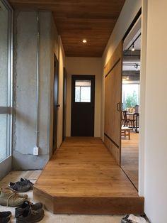 閑静な住宅街-兵庫県西宮の高台にある戸建て2階部分をフルリノベーション。・・・