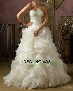 Este lindo vestido você encontra na ideal noivas