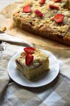 Ciasto z mango i truskawkami  #gryz #MagazynGRYZ