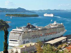 Los barcos #MSCMagnifica y #MSCOpera en el puerto de #Dubrovnik