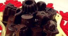 Αφράτα και πολύ οικονομικά Χριστουγεννιάτικα σοκολατάκια Sweet Recipes, Food Processor Recipes, Food And Drink, Sweets, Candy, Chocolate, Desserts, Christmas, Puddings