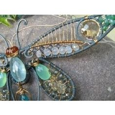 wire wrap  | Wire wrapped jewelry / mayfly necklace