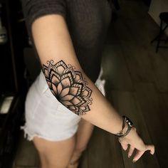 Elbow Tattoos, Dope Tattoos, Badass Tattoos, Unique Tattoos, Beautiful Tattoos, Body Art Tattoos, Hand Tattoos, Small Tattoos, Tatoos