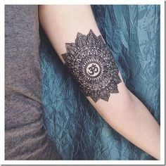 What does ohm tattoo mean? We have ohm tattoo ideas, designs, symbolism and we explain the meaning behind the tattoo. Ohm Tattoo, Wrist Tattoos, Tattoo You, Arm Band Tattoo, Body Art Tattoos, Girl Tattoos, Small Tattoos, Tattoos For Guys, Tattoos For Women