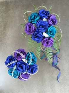 Paua bridal wedding bouquets created from flax flowers. Flax Weaving, Flax Flowers, Wedding Bouquets, Wreaths, Bridal, Wedding Things, Collection, Linen Fabric, Wedding Brooch Bouquets