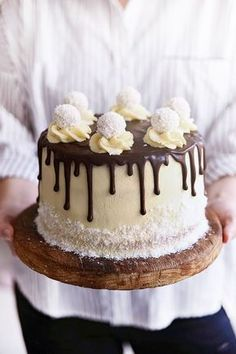cokoladovo-kokosovo-malinova Slovak Recipes, Sweets Cake, Chocolate Ice Cream, Cake Decorating Tips, Drip Cakes, Fancy Cakes, How Sweet Eats, Coffee Cake, Yummy Cakes