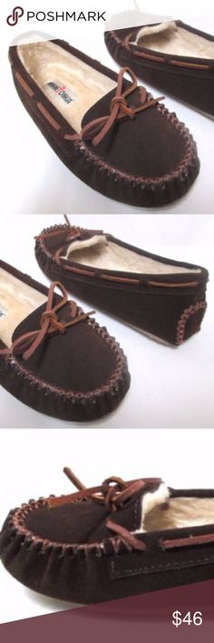 Minnetonka Moccasins Loafer flats NEW Size Sz 7 M Minnetonka shoes new without box. Size 7 Medium, suede, shearling lined. Pet and smoke free home. THANK YOU. Minnetonka Shoes Flats & Loafers