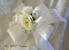 6 moños ivory y blanco con decoracion de rosas por LolitasDecoshop