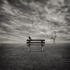 Жизнь — это бесконечное повторение. То, что мы недопоняли в первый раз, происходит с нами снова. Чуть-чуть по-другому. Если мы по-прежнему не понимаем, событие возвращается до тех пор, пока мы не усвоим урок окончательно.