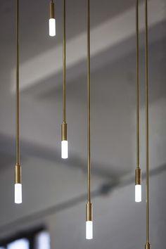 Kronleuchte Suspendu Lampe Handlamp Drop murale éclairage Marron Métal DEL Design Lampe
