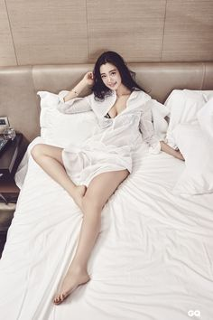 CLARA is a Sexy Goddess in GQ Taiwan | Koogle TV