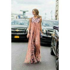 Franjas de um jeito inusitado fica hot! ✔ #fashionista #fashionstyle #cliquefashionoficial #instamoda #instafashion #fashion #moda #modasorocaba