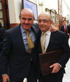 Hace meses informábamos de que el intento de Luis De Guindos de salvar su nefasta gestión maquillando las cuentas de la banca española a costa de dinero público, estaba siendo investigado la Unión ...