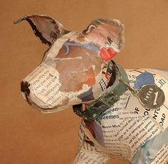 Único caprichoso papel Mache escultura del perro con por PaperPort