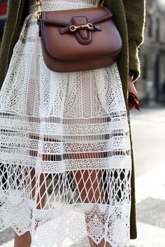 // Atlantic-Pacific: olive // lace