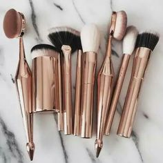 Image about beauty in Make up 💄 by Hi! Makeup Items, Makeup Brands, Best Makeup Products, Best Makeup Brushes, Makeup Brush Set, Beauty Brushes, Makeup Goals, Makeup Inspo, Skin Makeup
