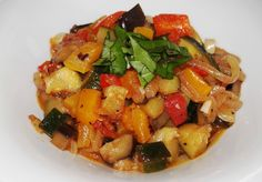 Ratatouille, une vraie Good Healthy Recipes, Vegan Recipes, Lunches And Dinners, Meals, Polenta Recipes, Vegetable Recipes, Food To Make, Dinner Recipes, Veggies