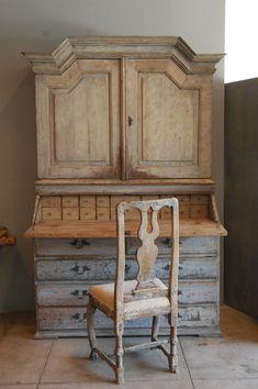 Huge Gustavian Hutch / Desk , Sweden C. 1800 image 2