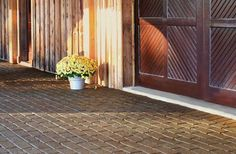 Pros and Cons You Need to Know about Rubber Patio Pavers