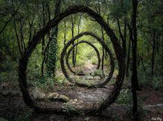 porte temporelle | Une porte spatio-temporelle menant vers le monde de Narnia.