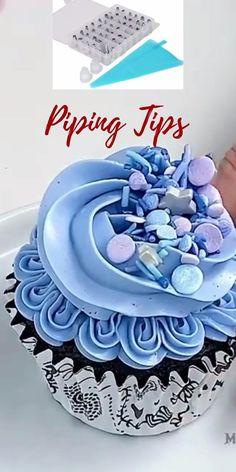 Cupcake Decorating Tips, Cake Decorating Frosting, Cake Decorating Designs, Creative Cake Decorating, Frosting Tips, Cake Decorating Techniques, Cookie Decorating, Decorating Tools, Cupcake Cake Designs
