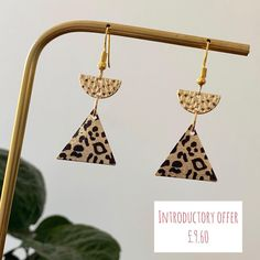 I've added a few more designs to my website. They all include the 20% introductory offer. Remember offer ENDS TONIGHT #introductoryoffer #loveearrings #animalprintearrings #supportsmallbusiness #jewelery #jewelleryaddict #jewelleryaddicted #animalprintfashion #animalprintaccessories #goldearrings #earringsoftheday #earringsofinstagram #earringstyle #dropearrings #dangleearrings #fashionearrings #ladiesaccessories #milliner #jewelleryshop #loveearrings #loveforearrings #fashionista… Fascinator Hats, Fascinators, Animal Print Earrings, Animal Print Fashion, Fashion Earrings, Dangle Earrings, Women Accessories, Jewelery, Website