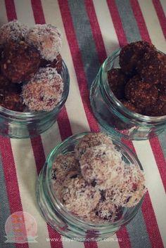 Cherry Ripe Cheesecake Balls | Stay at Home Mum #Balls #Cheesecake