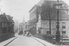 Café Neuf aan het begin van de Lange Tiendeweg in 1881 (foto van Henri de Louw)