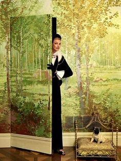 """""""The Duchess"""": Linda Evangelista and Pugs by Steven Meisel for Vogue Italia"""
