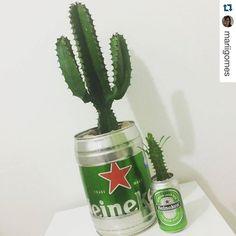 Olha que irado o que a @verdecomflor está fazendo: Cerveja  Cactos  Sustentabilidade   Gostou? Entra em contato com eles  . Beer  Cactus  Sustainability . #Repost @mariigomes  Estou simplesmente IN LOVE  com esses cactos da @verdecomflor que agora moram aqui na minha casinha!  #difíciléescolherondecolocar #jáqueromais #umpracadacômodo #umdecadamarca #detodasascervejasdomundo . Cheers  . #reciclagem #recycle #sustentabilidade #sustainability #beer #cerveja #birra #cerveza #heineken #instabeer…