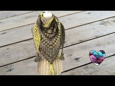 Châle granny débutant / Granny shawl for beginners (english subtitles) Shawl Crochet, Lidia Crochet Tricot, Col Crochet, Knitted Shawls, Caron Cakes Patterns, Capes & Ponchos, Crochet Accessories, Shawls And Wraps, Free Pattern