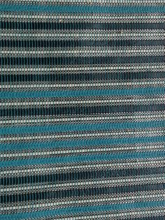 POP ART Col : turquoise/turquoise larg 140cm 285gr/m2 Comp 38 Simili cuir 24 Co…