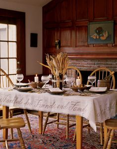 Words of Thanks    http://www.countryliving.com/crafts/projects/thanksgiving-table-1107#slide-2
