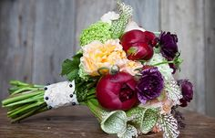 bloved-wedding-blog-its-all-in-the-details-favourite-bouquets-peach-plum