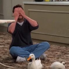 Mike Friends, Friends Best Moments, Serie Friends, Friends Scenes, Friends Cast, Friends Episodes, Friends Show, Some Funny Jokes, Funny Relatable Memes