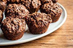 Muffins choco-dattes – Savourer par Geneviève O'Gleman Muffin Recipes, Snack Recipes, Snacks, Apple Muffins, Homemade Breakfast, Granola, Fibres, Biscuits, Sweet Tooth