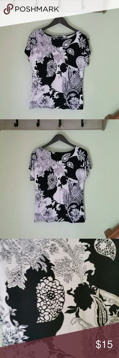 Talbots Floral Top Black and white floral print, perfect condition. Talbots Tops Tees - Short Sleeve