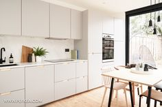 Formica faced plywood kitchen in Fox Grey by Plykea Plywood Kitchen, Ikea Kitchen, Kitchen Flooring, Kitchen Furniture, Furniture Stores, Cheap Furniture, Discount Furniture, Kitchen Decor, Armoires En Formica
