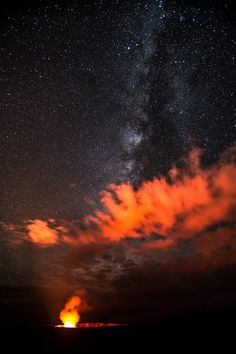 The Milky Way dazzles over the molten glow rising from Hawaii's Halema'uma'u Crater in this brilliant photo by an amateur astronomer.
