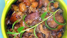 Sausages with Bacon & Cranberry Beans (Salsicce con Fagioli Cranberry)