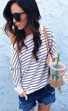 Stripe sweatshirt. For Everyone. Blog @ #DapperNDame Pinterest. dapperanddame.com