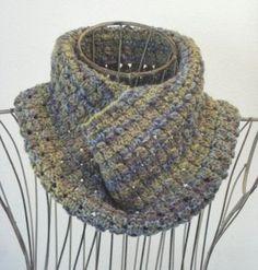 Dewdrop Cowl | AllFreeKnitting.com